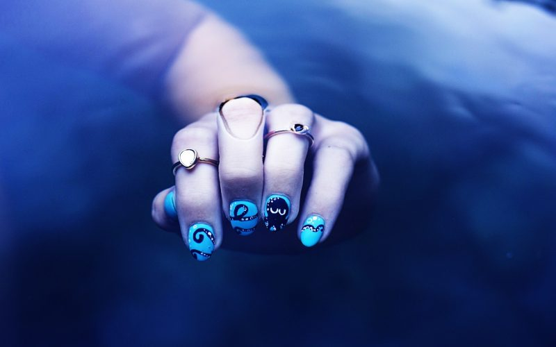 Water nail art - Ollie the Octopus